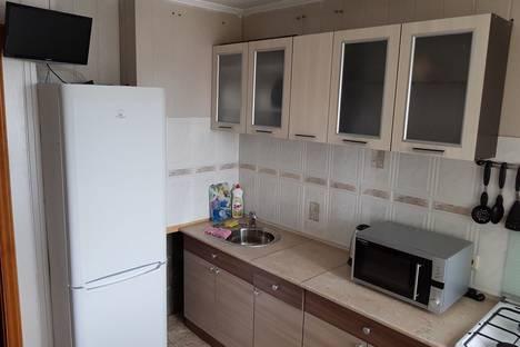 Сдается 4-комнатная квартира посуточно, улица Ленина, 60.