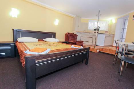 Сдается 1-комнатная квартира посуточно в Феодосии, Черноморская набережная, 1.