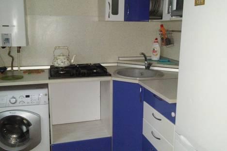 Сдается 3-комнатная квартира посуточно в Ухте, Комсомольская площадь, д. 8/12.