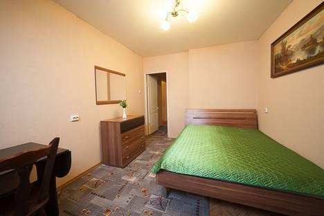 Сдается 2-комнатная квартира посуточно в Коломне, улица Гагарина, 16.