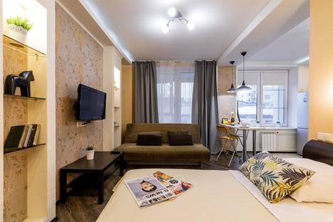 Сдается 1-комнатная квартира посуточно в Санкт-Петербурге, Дивенская улица 5.