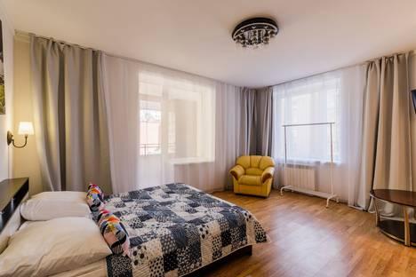 Сдается 2-комнатная квартира посуточно, Дивенская улица, 5.