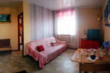 Сдается 1-комнатная квартира посуточно в Кызыле, улица Щетинкина-Кравченко 27.