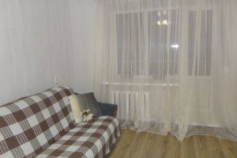 Сдается 1-комнатная квартира посуточно, улица Чапаева,д19.