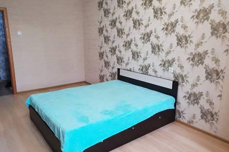 Сдается 1-комнатная квартира посуточно в Балакове, улица Степная, 82.