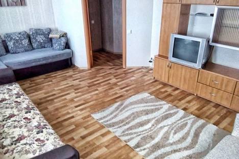 Сдается 2-комнатная квартира посуточно в Пушкине, Санкт-Петербург,ул Гусарская дом 9 корп 2.