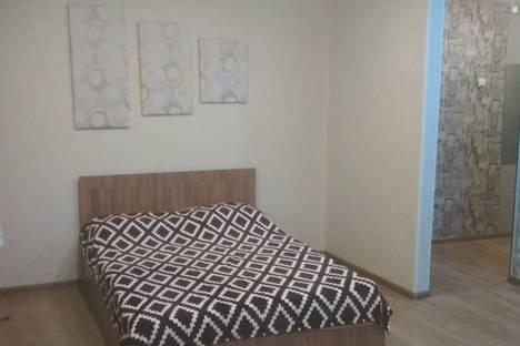 Сдается 2-комнатная квартира посуточно в Златоусте, проспект Гагарина 8-я линия, 9.