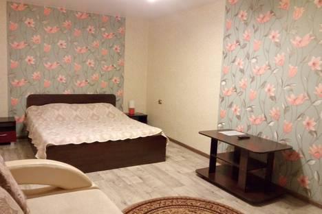 Сдается 1-комнатная квартира посуточно в Братске, Олимпийская улица, 11.