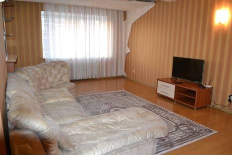 Сдается 2-комнатная квартира посуточно, улица Малика Габдуллина, 4.