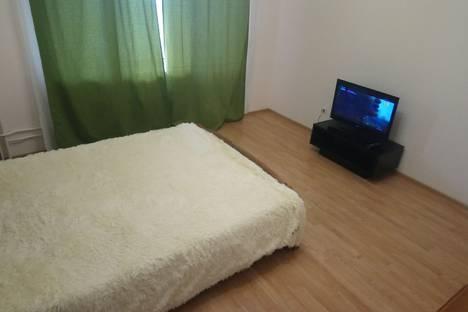 Сдается 1-комнатная квартира посуточно в Тюмени, улица Пермякова, 66.