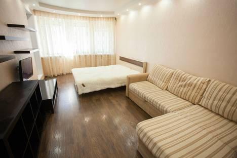 Сдается 1-комнатная квартира посуточно в Тюмени, улица Николая Зелинского, 3.