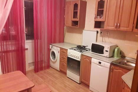 Сдается 1-комнатная квартира посуточно в Казани, проспект Хусаина Ямашева, 101.