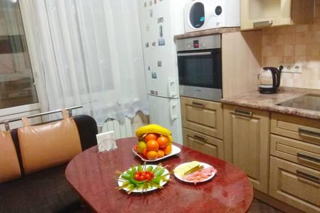 Сдается 1-комнатная квартира посуточно в Апрелевке, улица Островского, 36.