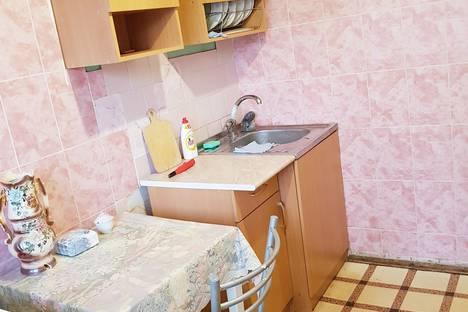 Сдается 1-комнатная квартира посуточно, улица Невская, 12Б.