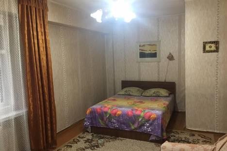 Сдается 1-комнатная квартира посуточно в Усть-Каменогорске, улица Космическая, 15.