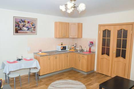 Сдается 3-комнатная квартира посуточно в Челябинске, улица Плеханова, 4.