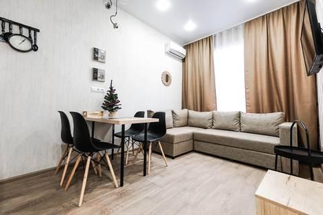 Сдается 2-комнатная квартира посуточно в Адлере, улица Кувшинок, 8.