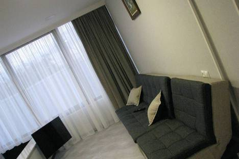 Сдается 4-комнатная квартира посуточно, T'bilisi, Teleti Street, 5.