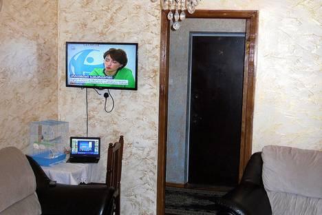 Сдается 4-комнатная квартира посуточно, Ул. Кобаладзе 8.