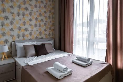 Сдается 3-комнатная квартира посуточно в Адлере, Верхне-Имеретинская Бухта, улица Кувшинок, 8.
