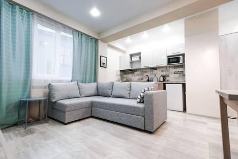 Сдается 3-комнатная квартира посуточно в Адлере, улица Станиславского, 1а.