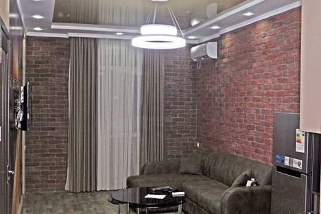 Сдается 2-комнатная квартира посуточно в Батуми, Ул. Вахтанга Горгасали.