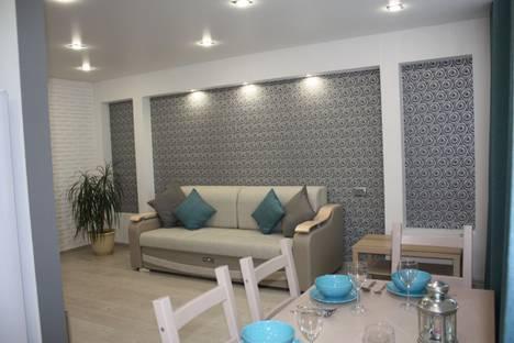 Сдается 2-комнатная квартира посуточно в Саранске, улица Богдана Хмельницкого, 22.