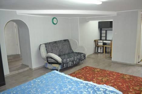 Сдается 1-комнатная квартира посуточно в Уфе, улица Ленина, 83.