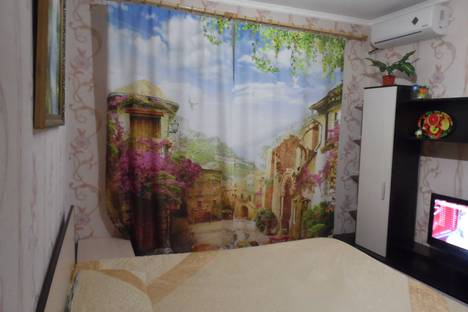 Сдается 1-комнатная квартира посуточно, улица Ленина, 213.