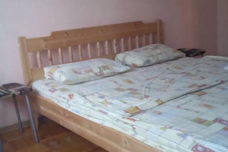 Сдается 3-комнатная квартира посуточно, улица Космонавтов 14 к2.