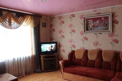 Сдается 2-комнатная квартира посуточно в Орше, улица Пионерская, 15.