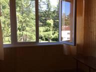 Сдается посуточно 3-комнатная квартира в Пицунде. 80 м кв. ул. Гочуа 21