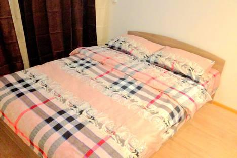 Сдается 1-комнатная квартира посуточно в Kommunarka, улица Бачуринская, 11.