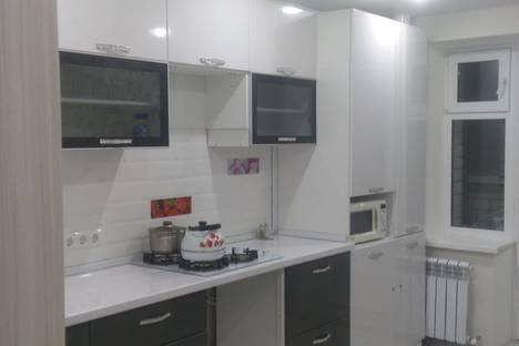 Сдается 1-комнатная квартира посуточно в Новочебоксарске, улица Советская, 59а.