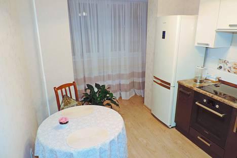 Сдается 1-комнатная квартира посуточно в Серпухове, улица Чернышевского, 35.