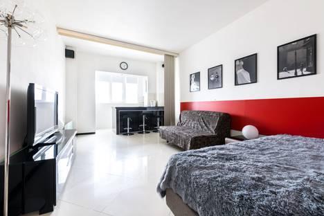 Сдается 1-комнатная квартира посуточно в Санкт-Петербурге, Варшавская улица, 19к5.