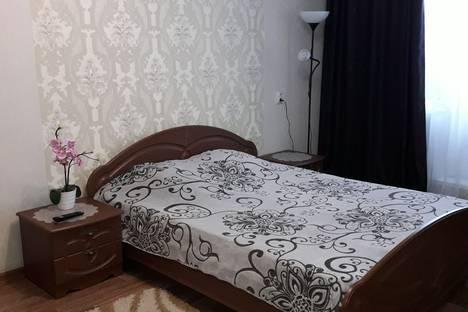 Сдается 1-комнатная квартира посуточно в Магнитогорске, улица Жукова, 1.