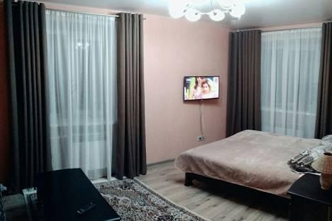 Сдается 1-комнатная квартира посуточно в Кинешме, улица Островского, 8.