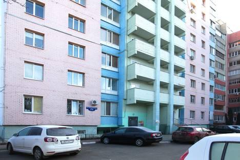 Сдается 1-комнатная квартира посуточно в Белгороде, улица Челюскинцев, 17.
