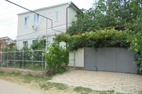 Сдается коттедж посуточно в Феодосии, улица Стамова, дом 20.