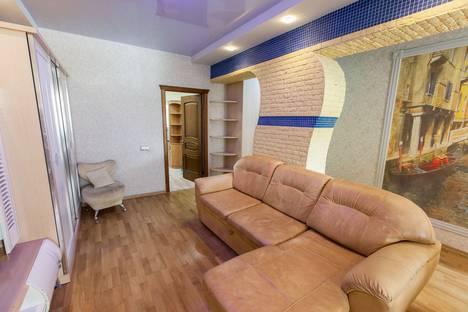 Сдается 2-комнатная квартира посуточно в Обнинске, улица Курчатова, 72.