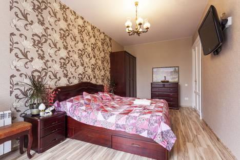 Сдается 2-комнатная квартира посуточно, Ленинский проспект, 159.