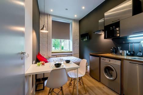 Сдается 1-комнатная квартира посуточно в Санкт-Петербурге, Московский проспект, 149б.