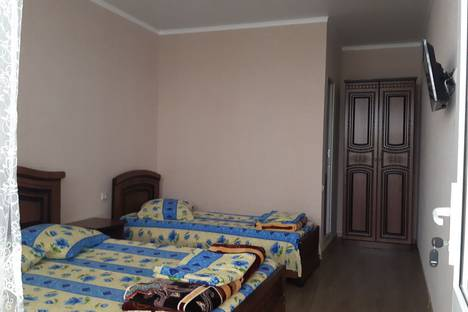 Сдается комната посуточно в Сочи, улица Разина, 20/1.