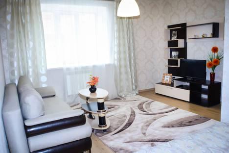 Сдается 1-комнатная квартира посуточно в Ульяновске, Ульяновск.ул.Островского.20 - УИГА.