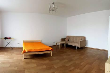 Сдается 1-комнатная квартира посуточно в Иркутске, улица Александра Невского, 58.