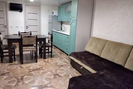 Сдается 3-комнатная квартира посуточно в Минеральных Водах, переулок Побегайловский 39 А.