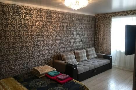 Сдается 1-комнатная квартира посуточно в Альметьевске, улица Джалиля, 26.