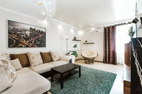 Сдается 2-комнатная квартира посуточно в Тольятти, Южное шоссе, 27А.