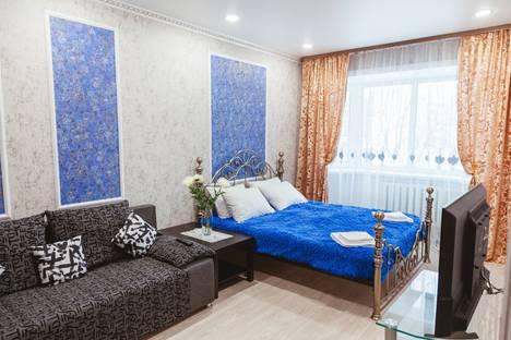 Сдается 1-комнатная квартира посуточно в Новом Уренгое, улица 26 Съезда Кпсс, 10.